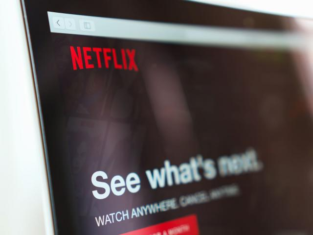 Netflix's chilled Q3 earnings may still jolt shares